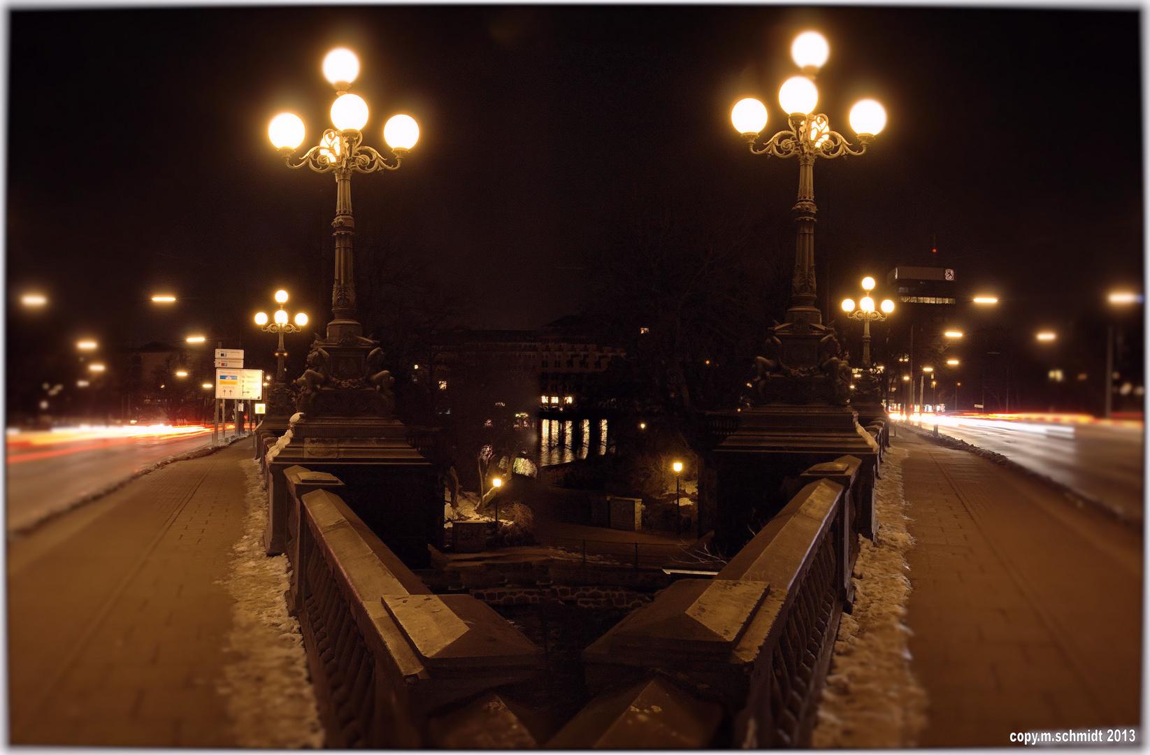 Lombardsbrücke über der Alster