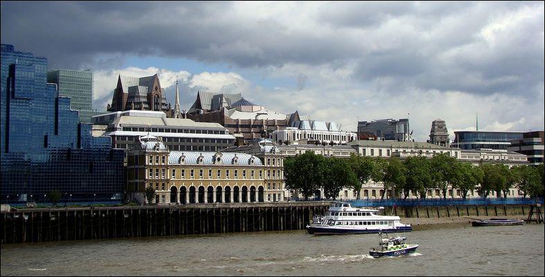 .. London ..