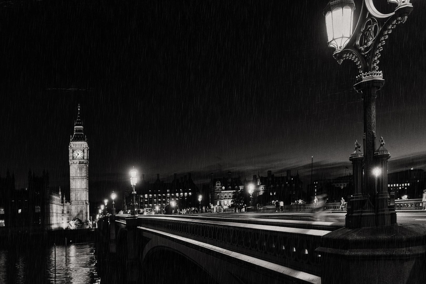 london - 10:36 pm im regen