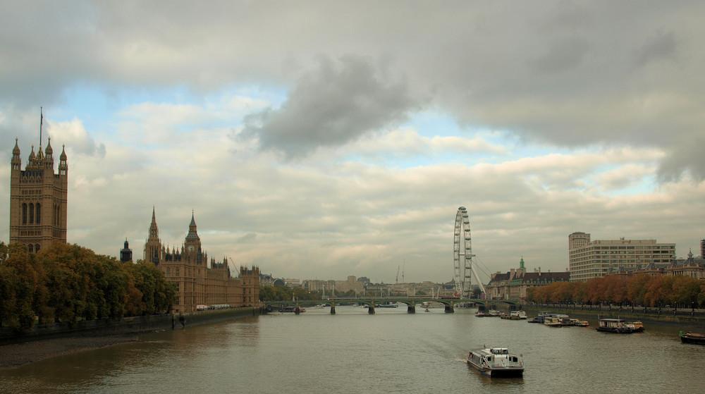 London City & eye