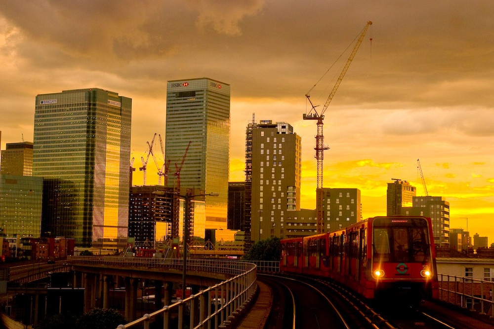 London - From City Airport to Canary Warf