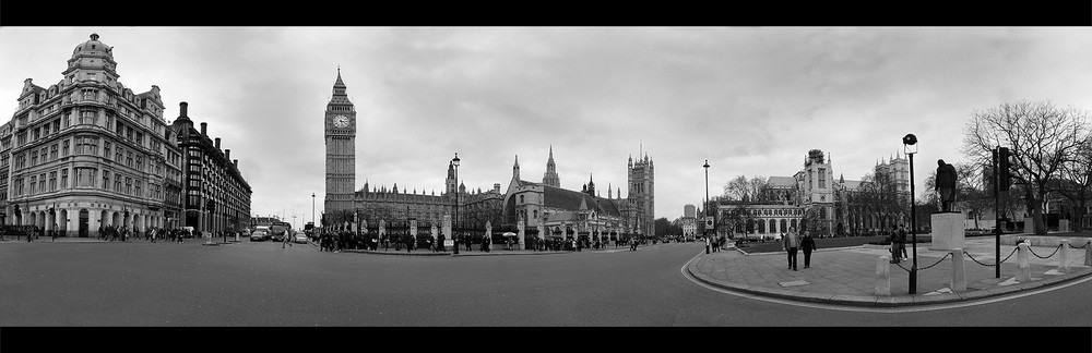 London - Houses of Parliament - Panorama - SW