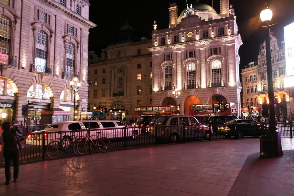 London - Nachts am Circus