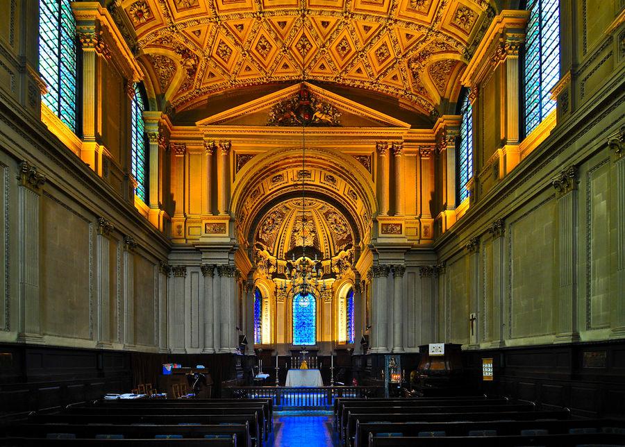 London : St. Mary-le-Strand