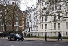 London Taxi  --  Birdcage Walk