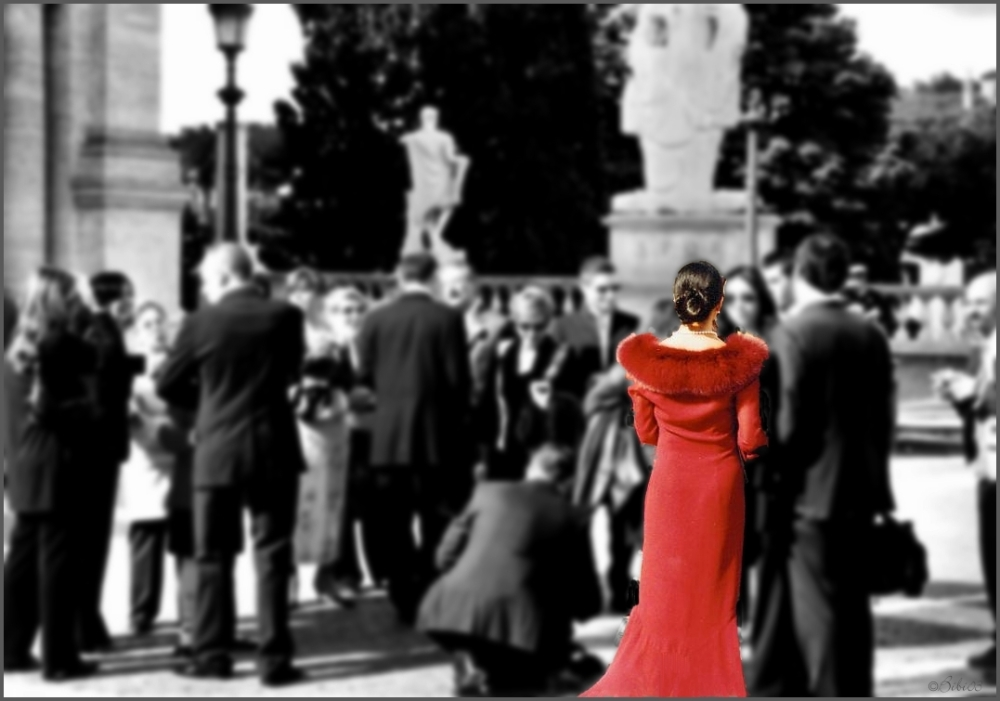 lonely lady in red