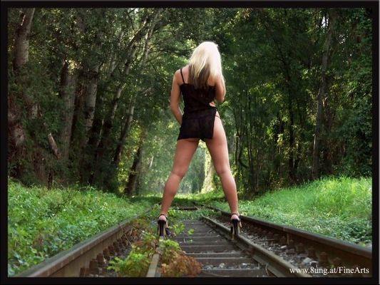 lonesome tracks