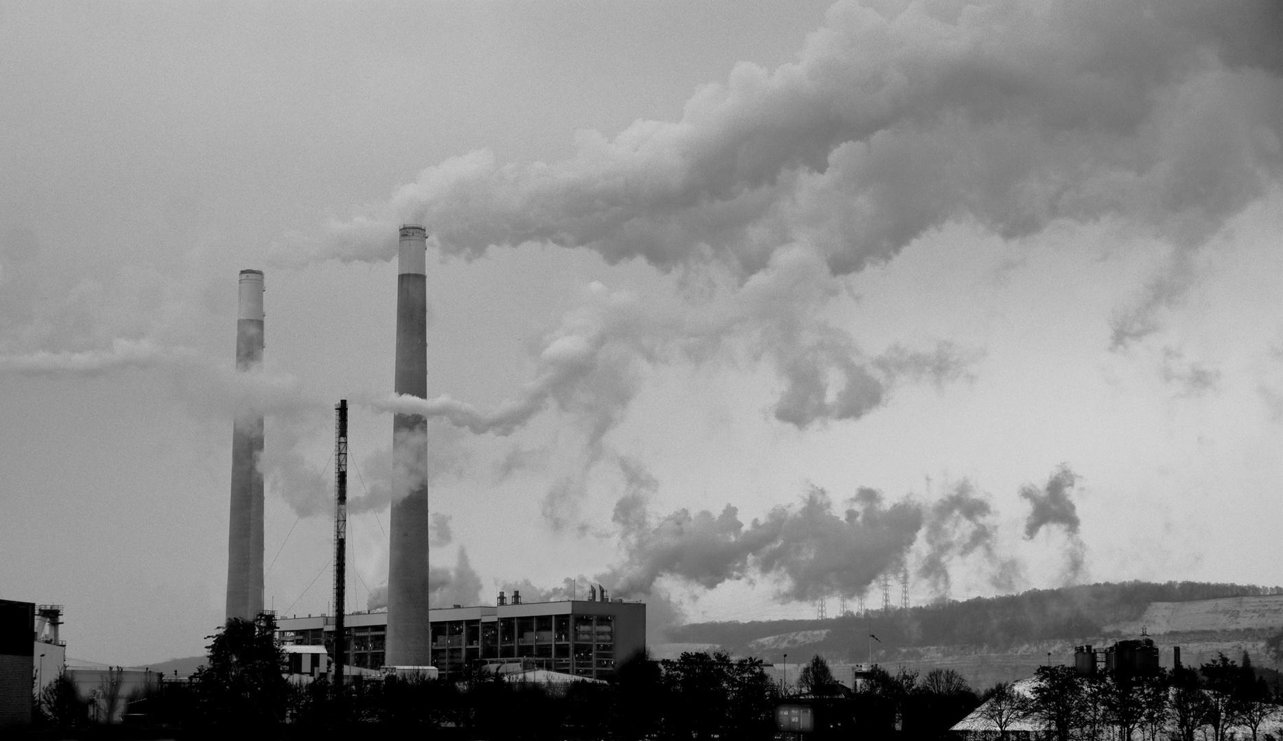Longtemps pendant mon jeune age, je pensais que l'usine, faisait les nuages...