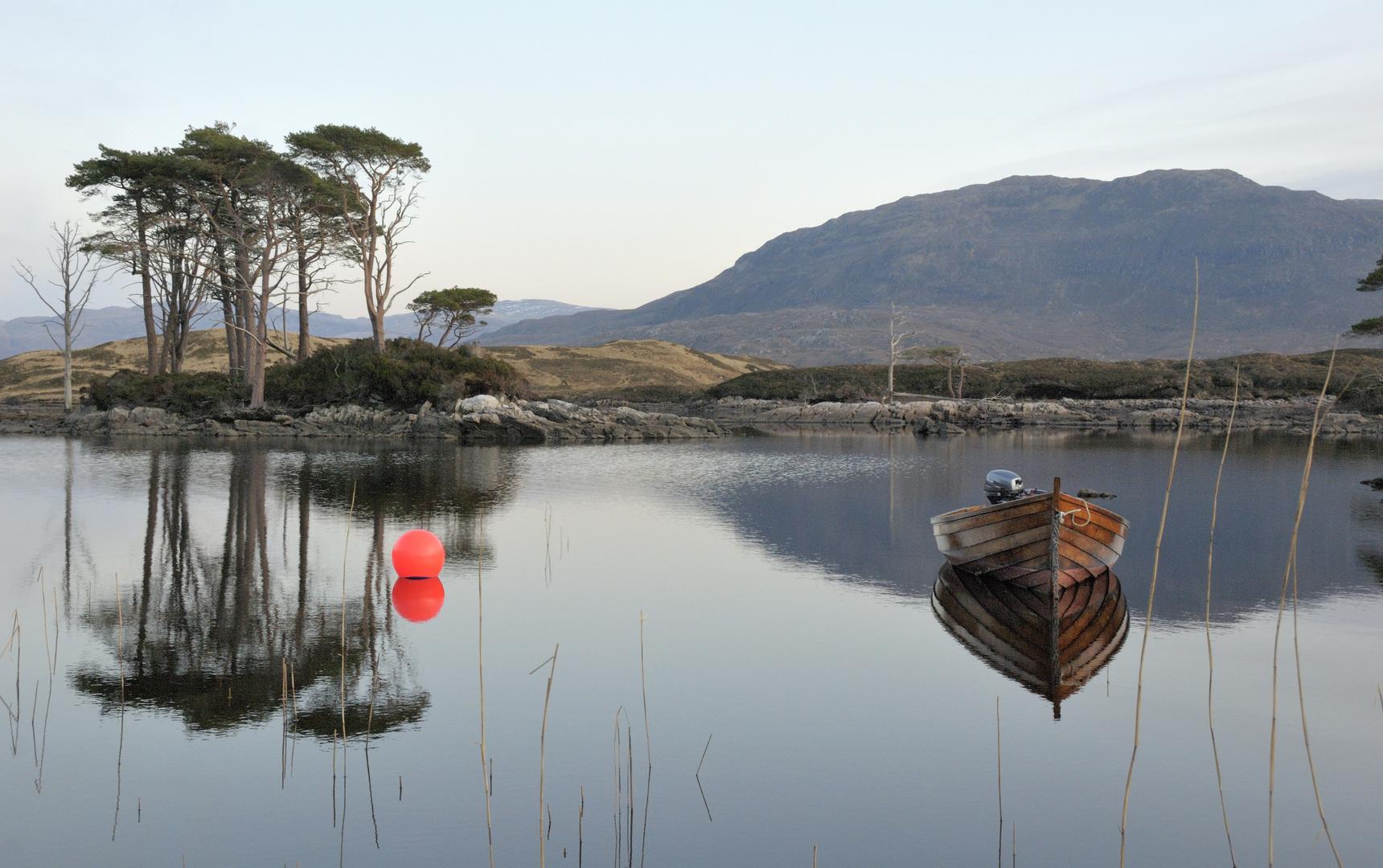 Lonley Boat in Scotland (02.2008)
