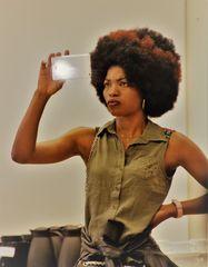 LOOK Frau Afrolook A-18 +Text SELFIE