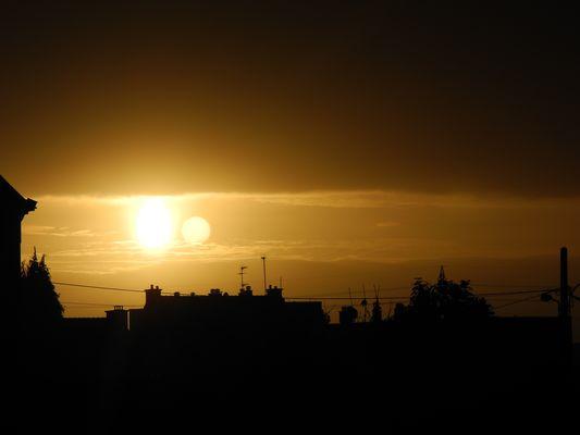 lorsque la lune rencontre le soleil !!!