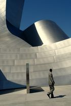 Los Angeles : Walt Disney Concert - Hall....2