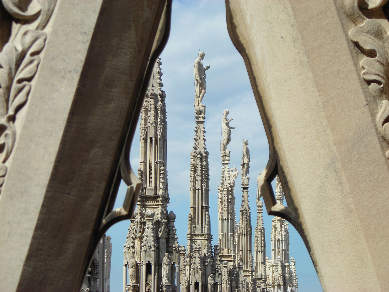 Los vigilantes del Duomo