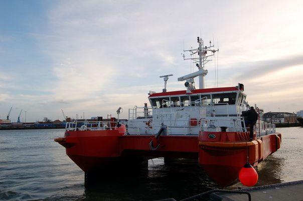 Lotsenboot Döse im Hafen von Cuxhaven