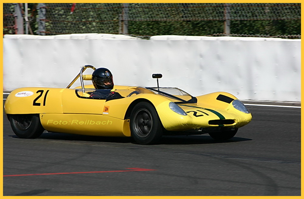 Lotus 11