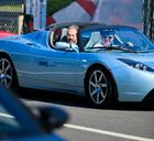 Lotus Tesla Roadster, Elektroauto (3,9 Sek. 0-100 km/h, 400Nm)