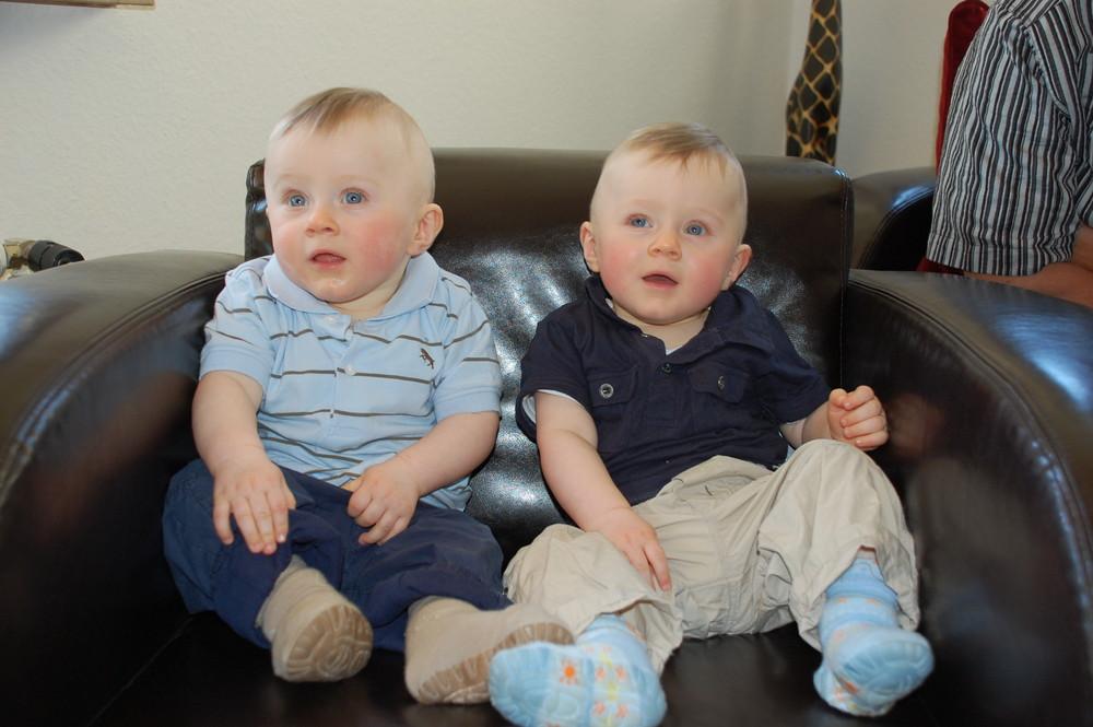 Louis & Fynn 9 Monate alt