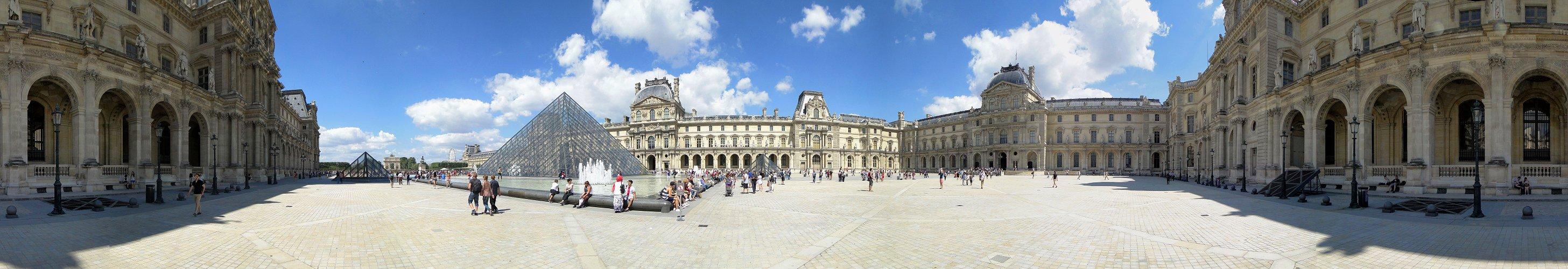 Louvre 360°