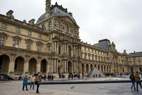 Louvre...