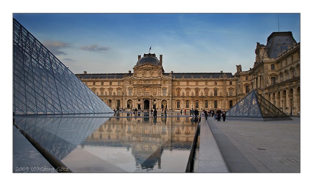 Louvre im Abendlicht