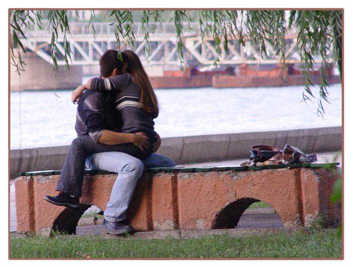 Love & Bridge