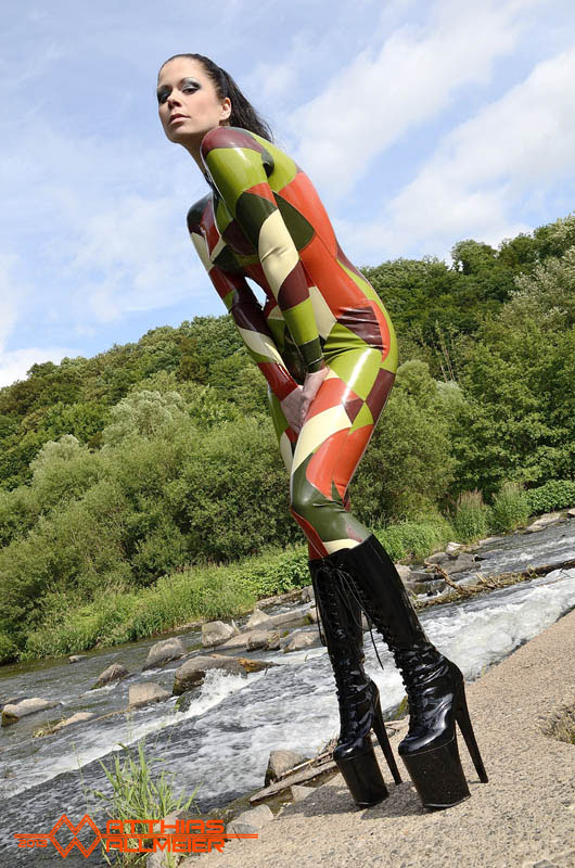 Lovley Latexcatsuit from Fantasticrubber ;-)