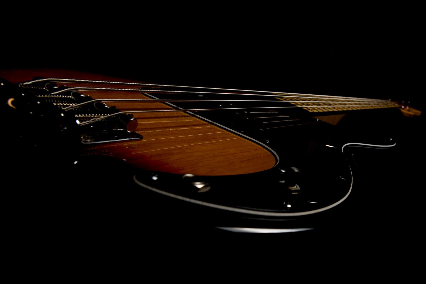 Lowkey Bassgitarre
