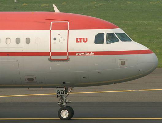 LTU A321