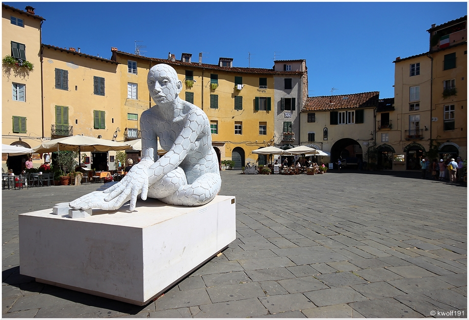 Lucca - Die Piazza dell'anfiteatro