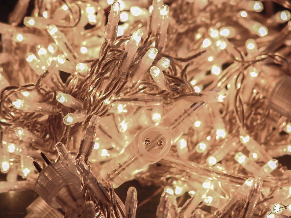 Luces blancas de Navidad