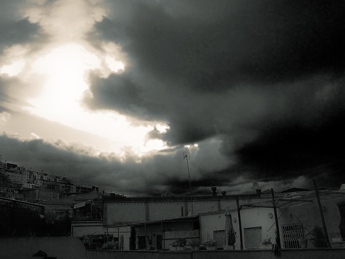 """""""Luces de tormenta"""" ll"""