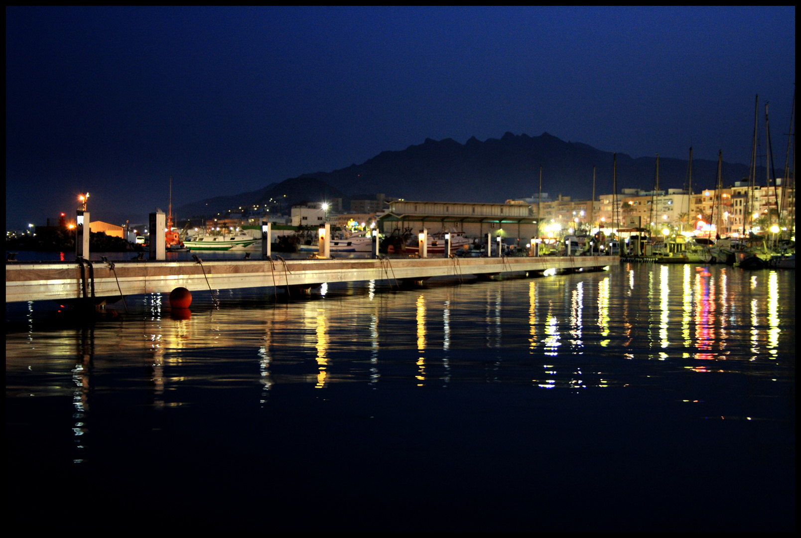 luces del puerto