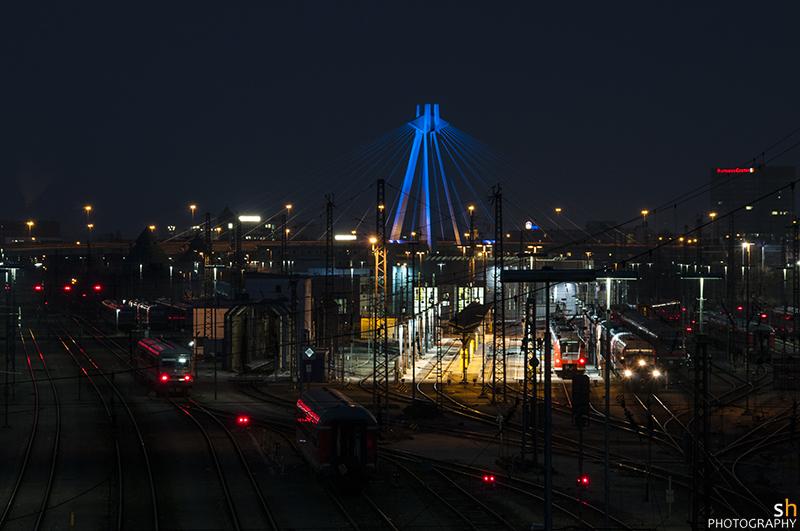 Ludwigshafen bei Nacht (II)