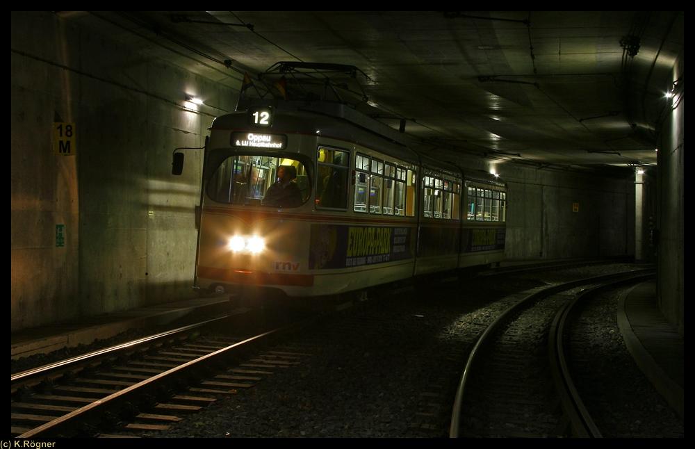 Ludwigshafener Tunnelbild mit Fahrzeug VBLu 156