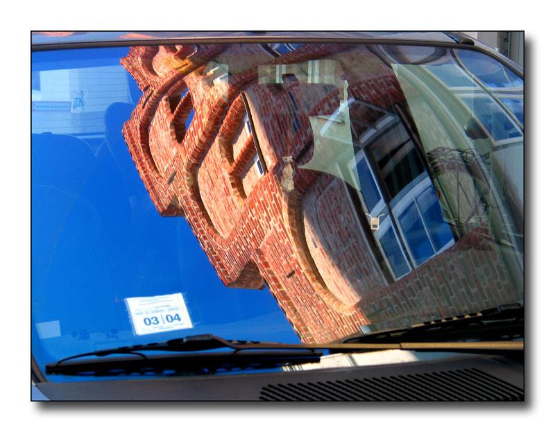 Lübeck - Autoscheibenspiegelung