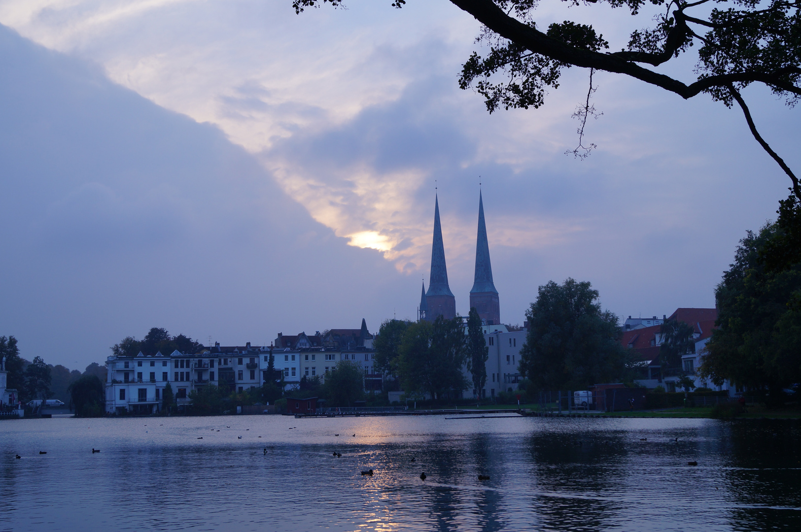 Lübeck - Herbstabend am Krähenteich