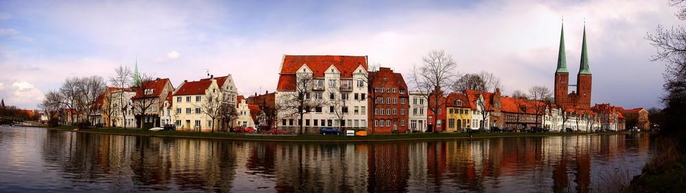 Lübeck - Panorama der Altstadtinsel