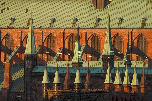 Lübeck, Rathaus mit Marienkirche