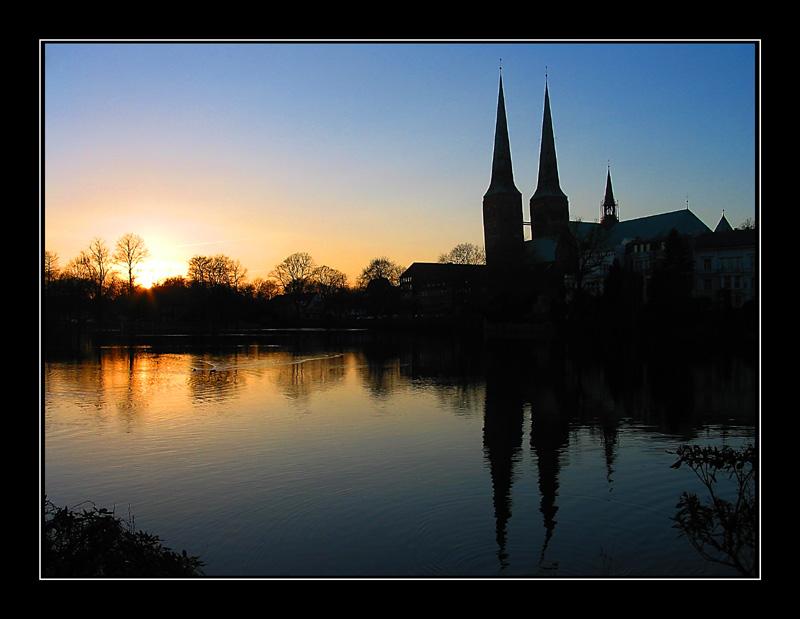 Lübeck - Sonnenuntergang am Dom