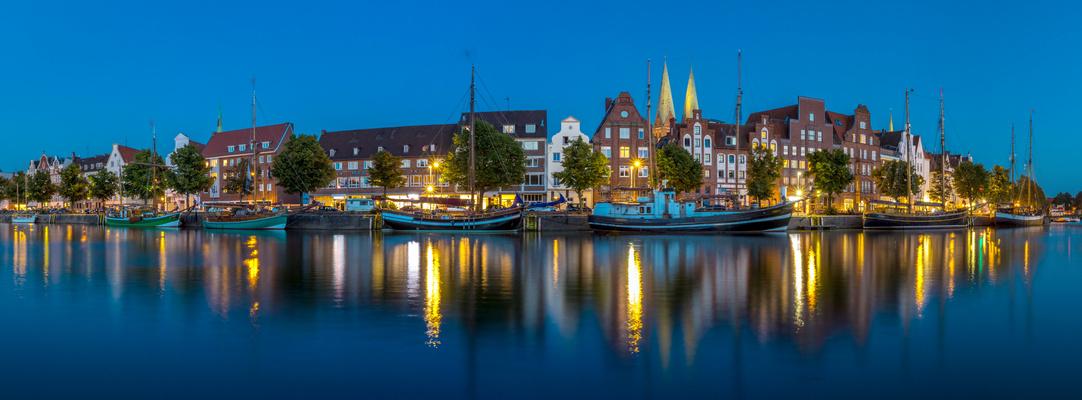Lübeck_Blaue Stunde