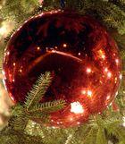 Lübecker Weihnachtskugel in Rot