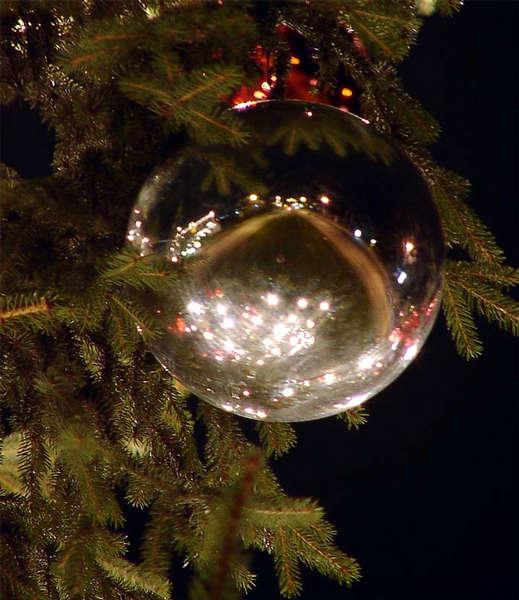 Lübecker Weihnachtskugel in Silber