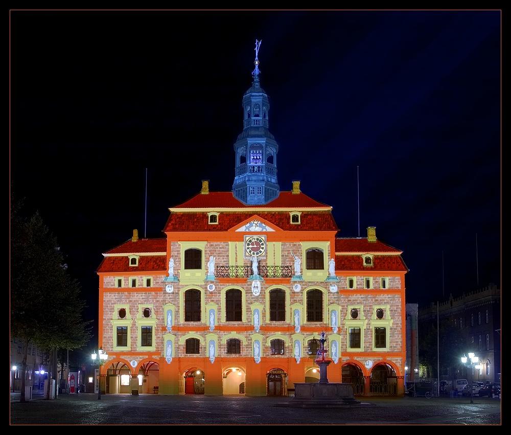 Lüneburger Rathaus illuminiert / II.