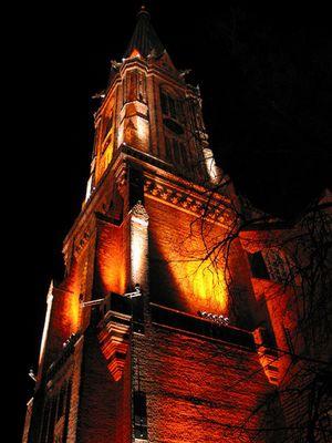 Lüneburgs Kirche bei Nacht Foto 1
