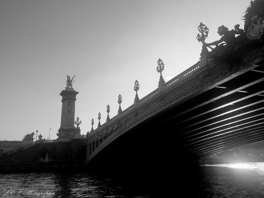 Lueur sous le pont 2
