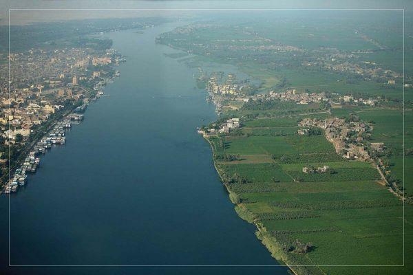 """Luftaufnahme""""Nil und Luxor"""""""
