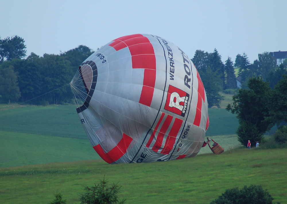 Luftballon landet in Breckerfeld