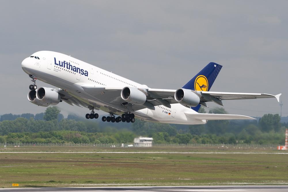 "Lufthansa A380-800 D-AIMK ""Düsseldorf"""