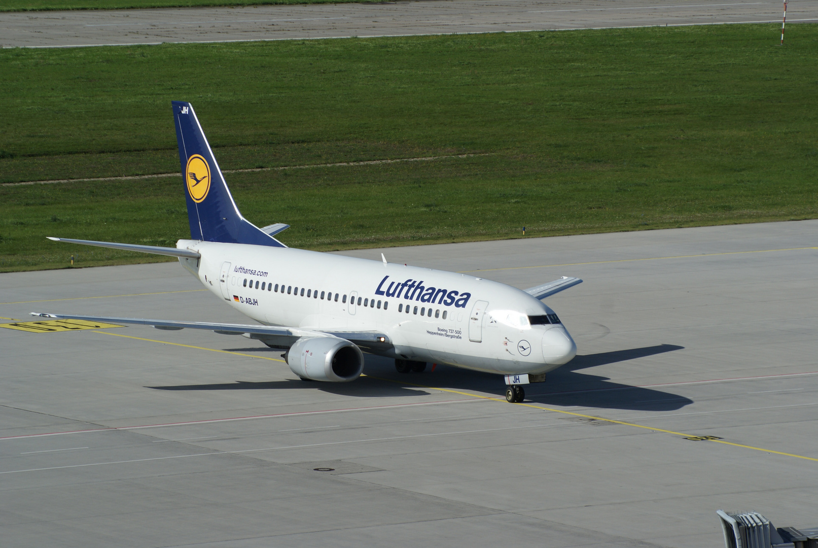 Lufthansa B737/500