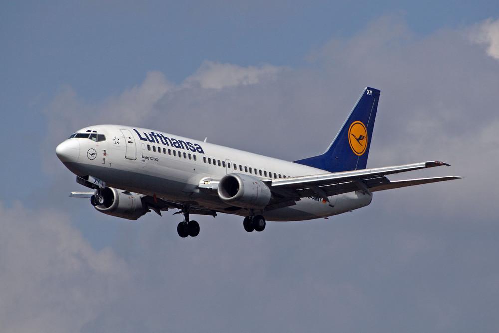 Lufthansa Boeing 737-330 (D-ABXY)